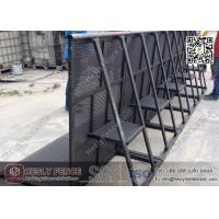 China Black Color Aluminium Stage Barrier | Powder Coated Concert Barrier | Mojo Stage Barrier wholesale