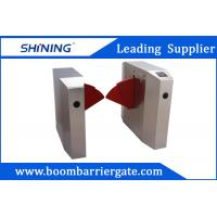 China RIFD Reader Semi-Automatic Flap Barrier Gate With Emergency Evacuation Function wholesale