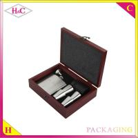 China Luxury red wood wine pot hip flask set packaging box wholesale