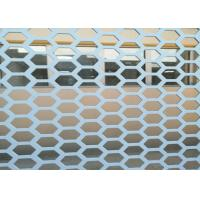 China Hexagonal 1 Inch Hole Perforated Metal Mesh Wind Dust Fence For Decorative wholesale