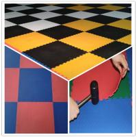 China 3W Oil Resistance Plastic PVC Click Interlocking Flooring Tiles wholesale