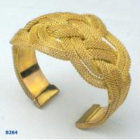 China Elegant OEM / ODM metal bangles with gold plated wholesale