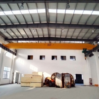China Span 31.5m Stockyard 5T Single Girder Bridge Crane With Hoist on sale