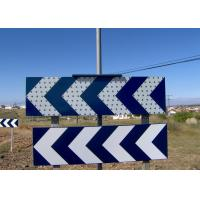 China CE Solar Traffic Signals Curve LED Warning Sign With Over Charge Protection wholesale