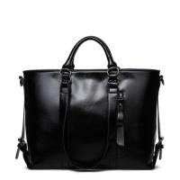 China Classic Large Capacity Black Leather Shoulder Bag , Women Messenger Bags With Adjustment Buckle wholesale