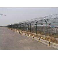 China Pvc Coated Airport Security Fence , Steel Barbed Wire FenceEasily Assembled on sale