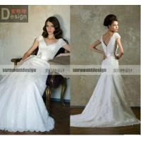 China New Arrival Elegant A-line V-neck Lace Sweep Train wedding dresses in wedding dresses wholesale