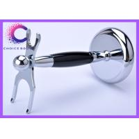 China Chrome Shaving Brush And Razor Stand for Barber shop , travel agencies wholesale