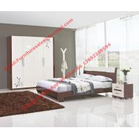 China Budget Hotel furniture in modern deisgn by panel bed and doors wardrobe in high glossy wholesale