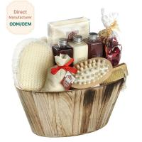 China Portable Body Care Bath Gift Set Bamboo Wooden Basket Engraved Logo on sale