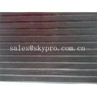 China Smooth / embossed Surface heavy duty Rubber Sheet Roll , 2.5mm-20mm Thickness wholesale