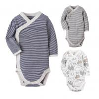 China Long Sleeve Cotton Baby Clothes Gift Set Stripe Printed With Snap Side Openning wholesale