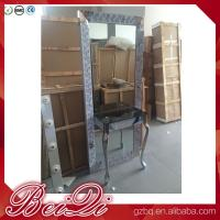 China Dressing table with light mirror used beauty salon furniture gold frame hair salon station mirror wholesale