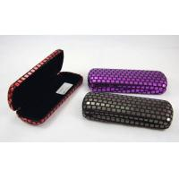 China Printing Classic Luxury Small Spectacle Cases Polka Dot Designed 160X60X31 mm wholesale