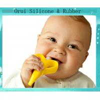 China Lovely baby's Banana protection silicone  teething toothbrush wholesale