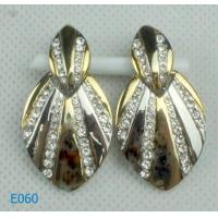 China 2012 fashion zirconia stud earrings with crystals with new design wholesale
