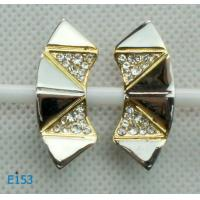 China Fashion tin alloy imitation jewelry zirconia stud earrings wholesale