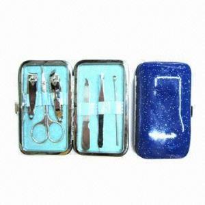 China 6-piece Manicure Set with 2-piece Nail Clipper and 1 Piece Manicure Scissors and 1 Piece Nail File wholesale