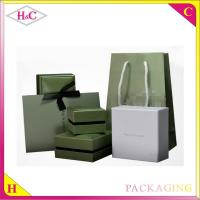 China Luxury paper jewelry box and velvet jewelry packaging box wholesale