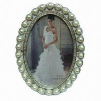 """China 4x6"""" Metal Photo Frame with Zinc Alloy and Fake Pearls, Suitable for Wedding Favor Bridal Frame wholesale"""