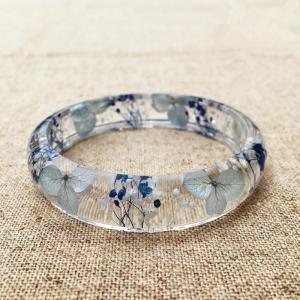 Elegant Mixed Dry Flower Resin Bangle Bracelet Beautiful Epoxy