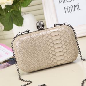 China Guangzhou handbag factory hot sell makeup bag imported from China clip box bag wholesale