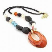China Fashionable Necklace, Made of Glass Beads and Crystal Beads, ODM/Small Orders are Welcome wholesale