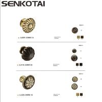 Quality Antique Style Brass Elegant Solid Hardware Knobs for Furniture Cabinet Closet for sale