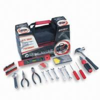 China Combination Tool Set, Composed of Level Meter, Ratchet Handle and Other Hand Tool Sets on sale