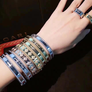 China van cleef costume jewelry Solid 18K Rose Gold Van Cleef Jewelry / Signature Bracelet Medium Model For Women wholesale