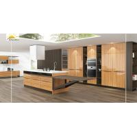 China Waterproof Real Wood Kitchen Cabinets Shiny Board Material Scratch Resistant wholesale