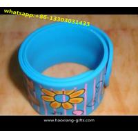 China promotional cheap custom 100% silicone printing letter logo slap bracelet wholesale