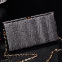 China Custom fashion women clutch bag sample design high quality lady evening bag wholesale
