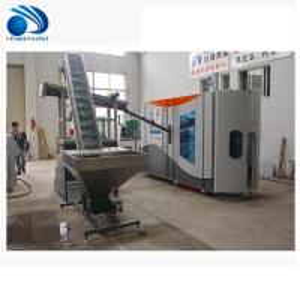 China Automatic 750ml Plastic Pet Water Bottle Extrusion Blow Molding Machine wholesale
