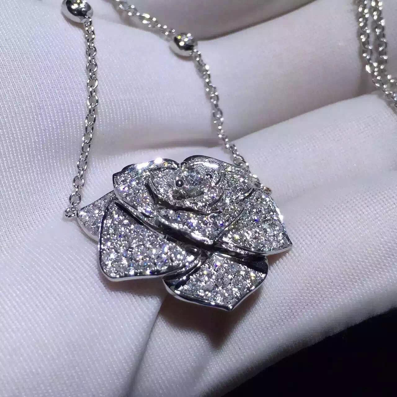 China Piaget Rose Pendant With 18k Gold Chain , Women'S Piaget Diamond Necklace  wholesale