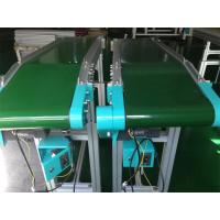 China CE Standard Inclined Belt Conveyor System For Plastic Injection Machine on sale