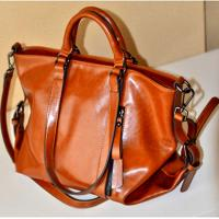 China Woman PU Red Leather Handbags , PU Totes Shoulder Ladies Shopping Bags For 14 Inch Laptop wholesale