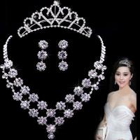 Buy cheap Gorgeous Flower Jewelry Necklace wedding gown accessories customized from wholesalers