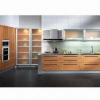 China Baking Varnish Kitchen Cabinet with Melamine-faced Moisture-resistant Particleboard wholesale