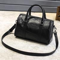 China Black Cross Body Real Soft Leather Handbags Large Capacity With Padded Nylon Lining wholesale
