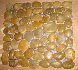 China Natural Pebble Stone (LY-017) wholesale