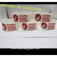 China cheap wholesalecustomized glow in the dark  silicone bracelet /wristbands wholesale