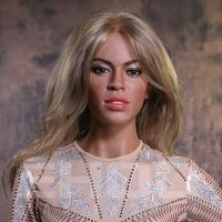China Realistic Famous Hollywood Singer Wax Figure / Celebrity Waxworks For Celebrity Museum wholesale