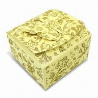 China Gift Packing Box with Glitter Gold Powder on Surface, Butterfly Design in Opening wholesale