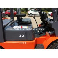 China New Fork Lift Trucks 3T With 3 Stage 3m Mast With External Air Filter on sale