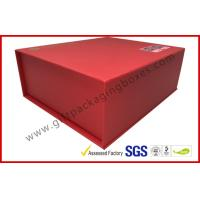 China Red special paper Magnetic Luxury Gift Boxes with silk paper tray wholesale