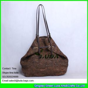 China LUDA buckle handbags dark brown hand crochetting raffia straw bag wholesale