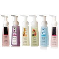Wholesale Customized Gentle Foaming Antibacterial Hand Sanitizer with Natural Ingredients from china suppliers