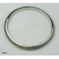 China Copper Alloy Women's Fashion Rhodium Color Beaded Metal Bangles for Anniversary OEM wholesale