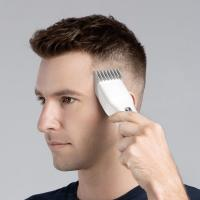 China Cordless Professional Hair Clippers Weight 142g With Nano Ceramic Cutter Head wholesale
